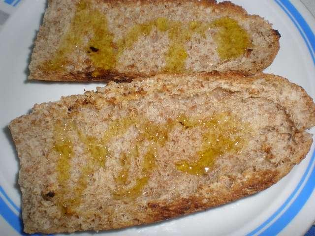 bkol - Tostada de tomate y ajo