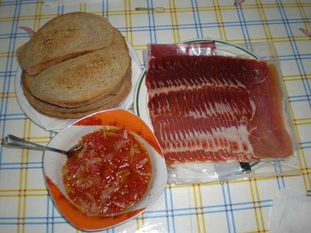 Ingredientes para la tapa de jamón serrano de hembra